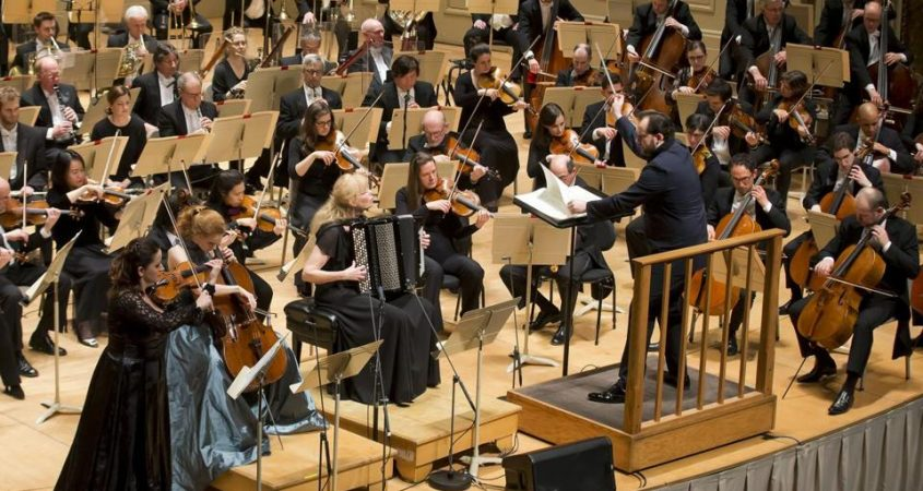 WORLD PREMIERE IN BOSTON WITH ANDRIS NELSONS, BAIBA SKRIDE AND HARRIET KRIJGH - Photo by Winslow Townson